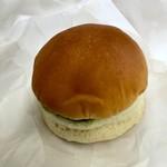 カメオカハサムコッペパン - ハンバーガーみたいな見た目