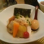 麺屋 波 - 並(150g)太麺
