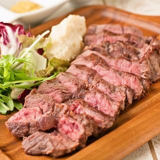 【炉区(ろっく)】のお肉は一度絶対食べて頂きたい!!