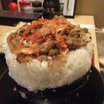 とんかつ 麻釉 - キムチ焼肉重 めっちゃ美味しかったです(´♡ω♡`)/