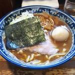 56578023 - ラーメン 780円、くん製味玉子 100円♪