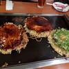 鶴橋風月 - 料理写真:牛すじねぎ月見玉、風月焼(ミックス焼)、ぶたキムチ玉