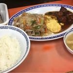 春来 - その他写真:フライ麺と肉団子甘酢(サービスランチ)