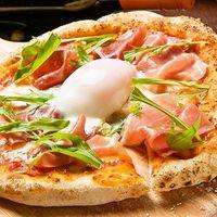 Pizzaなどシェフこだわりの料理をリーズナブルに楽しめる♪