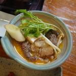 柿島屋 - 肉鍋、卵につけて