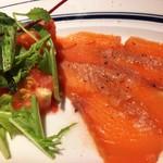 ゴッチーズビーフ - お魚料理が・・サーモンマリネってビックリ