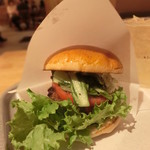 56672969 - the 3rd Burger 594円+税