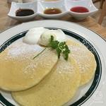 カフェ&パンケーキ gram - クラシックアソートパンケーキ850円