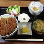 福寿美手打生そば処 - ソース小かつ丼¥750