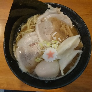すばる - 料理写真:2016年8月 特製ラーメン 950円