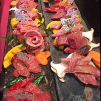 全国各地50以上のブランド牛を取り扱う黒毛ブランド和牛専門店