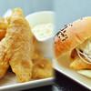 揚げ鯛 - 料理写真:揚げ鯛バーガー