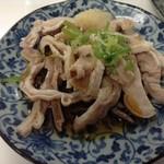 もつ焼き丸昌 - 料理写真:ガツ刺し