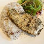 ロハスカフェARIAKE - 大山鶏のグリル
