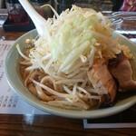 らぁめん大山 - 2016年8月 大麺 ニンニク少し 850円