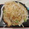 青山 - 料理写真:どてちんラーメン ¥700-