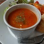 リトルクックー - スープは「小エビと野菜のトマトスープ」にしてみました