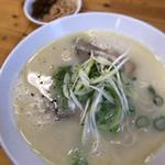 博多豚骨 麵屋蓮々 - 料理写真:鶏白湯ラーメン