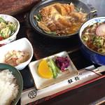 松橋 - 料理写真:ミニかつ鍋セット