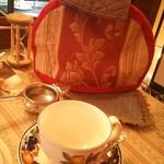 56895282 - 紅茶のセット