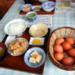 弁天の里 - たまごかけごはん定食(大)450円