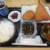 魚八 - 料理写真:アジフライ、コロッケA ¥720-