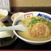 ラーメン隼 - 料理写真:2016年9月 ラーメンセット(800円)