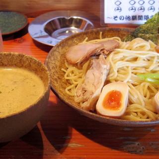 はぐるま - 料理写真:2016年9月 こってり鶏白湯つけ麵大盛り