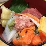 魚力寿司 - 海鮮丼
