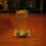 bar K家 - 「ジントニック」です。