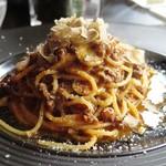56962152 - 「鹿児島県産黒毛和牛煮込みのスパゲッティ 秋トリュフ風味」のアップ
