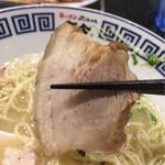 ラーメンZikon - 焼豚あっぷ٩( 'ω、' )و