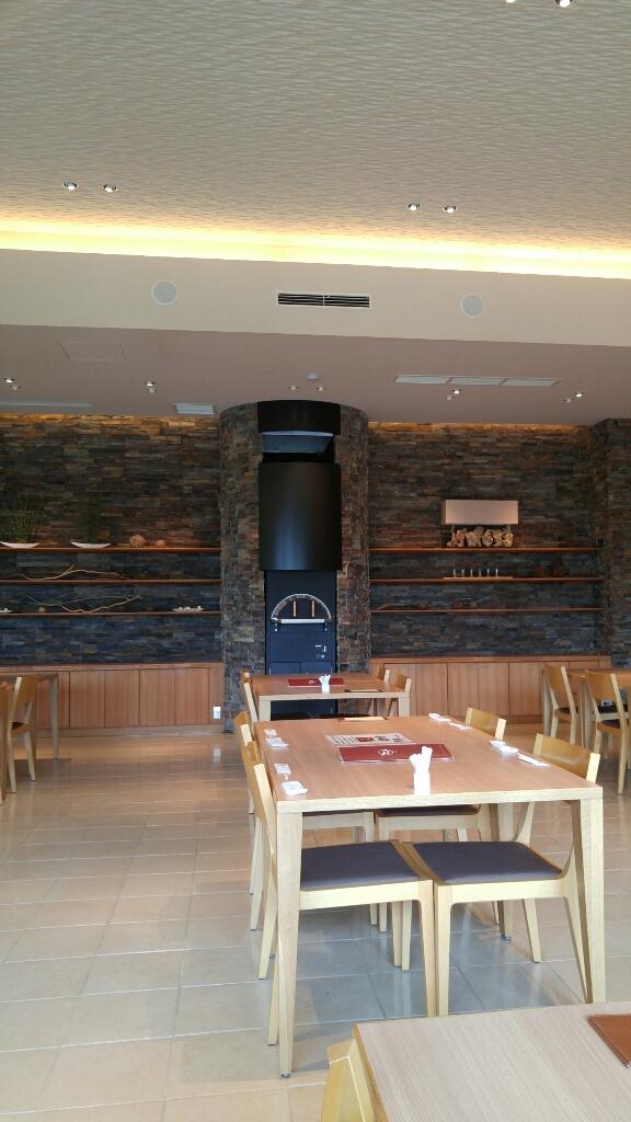 石窯レストラン MON