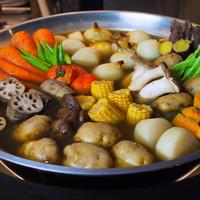 大鍋炊きの煮野菜 450円~