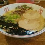 博多 - 黒マー油ラーメン(限定メニュー)[¥600]