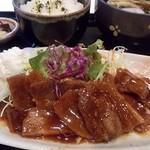 柿もと - 料理写真:豚のあぶり焼き定食¥850