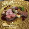 ビストロ ダイア - 料理写真:北海道足寄産石だ綿羊牧場 サウスダウン種7か月背肉ロースト タイム香る赤ワインソース