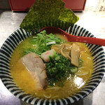 ひのとり - 料理写真:鶏白湯黄金らーめん(770円)