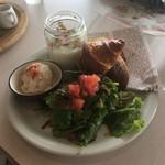 サザンビーチカフェ - モーニング エッグスラットプレート