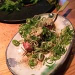 串焼屋ウナチッタ  - 1610 串焼屋 ウナチッタ 肝レア焼@200円 ネギと胡麻油が良くあいます
