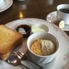 グランチェスター - 料理写真:ブレンドコーヒー400円とAモーニング