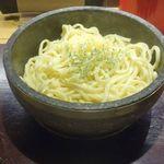 石焼パスタ kiteretsu食堂 - その後すぐに麺が着丼しました。
