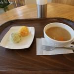 モスカフェ - 体に優しい豚汁