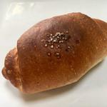 パン アトリエ クレッセント  - 塩パン