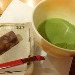 茶々屋南山園 - 料理写真:抹茶(和菓子付)