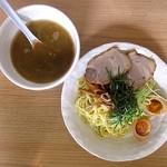 八丸 - 料理写真:鶏白湯つけ麺+味付け玉子