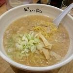 麺屋 いっ徳 - 醤油ホルモンラーメン