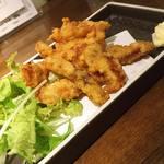 魚椿 - サメ唐揚げ 380円