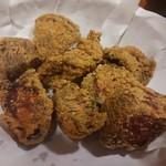 鳥貴族 - 唐揚げは、むね肉を使っていてヘルシーです。
