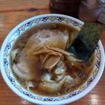 Harukiya - 料理写真:わんたん麺